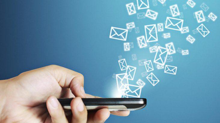 Etika Dan Tata Krama Dalam SMS Dan Chatting