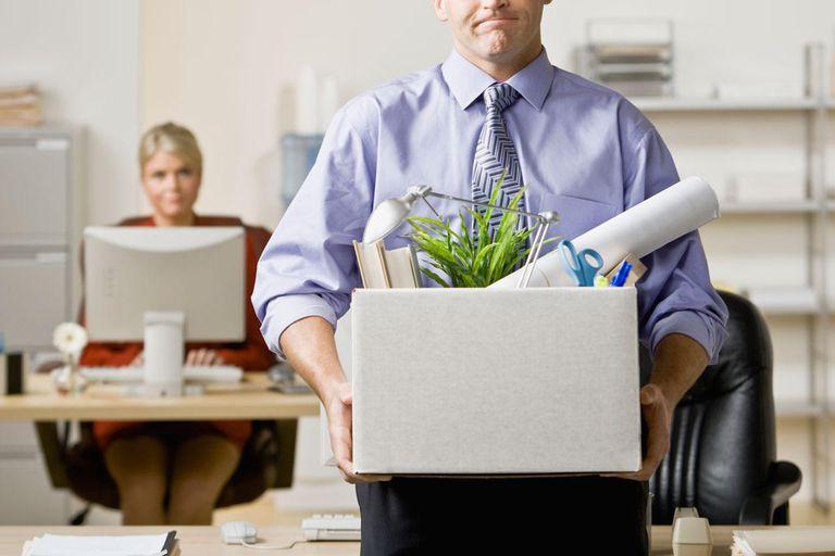 10 Alasan Tepat Untuk Memberhentikan Karyawan